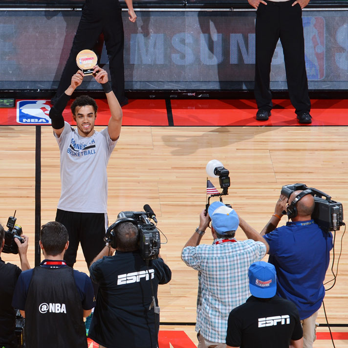 LAS VEGAS, NV - JULY 18: Tyus Jones #1 of the Minnesota Timberwolves receives the 2016 Samsung NBA Summer League MVP Award before the game against the Chicago Bulls during the 2016 NBA Las Vegas Summer League game on July 18, 2016 at the Thomas & Mack Center in Las Vegas, Nevada. NOTE TO USER: User expressly acknowledges and agrees that, by downloading and or using this photograph, User is consenting to the terms and conditions of the Getty Images License Agreement. Mandatory Copyright Notice: Copyright 2016 NBAE (Photo by David Dow/NBAE via Getty Images)