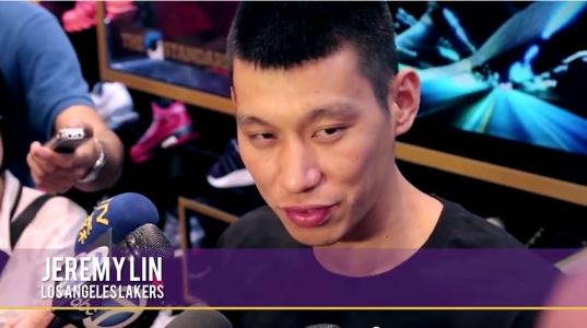 Jeremy Lin Appearance At Los Angeles Footlocker